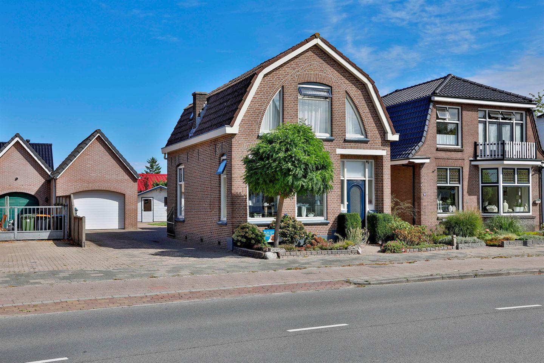 Bekijk foto 1 van De Vos van Steenwijklaan 17