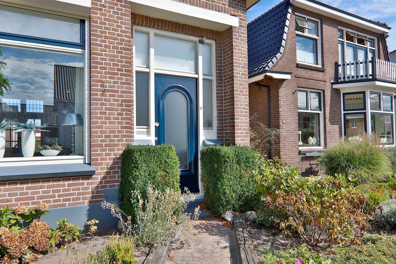 Bekijk foto 2 van De Vos van Steenwijklaan 17