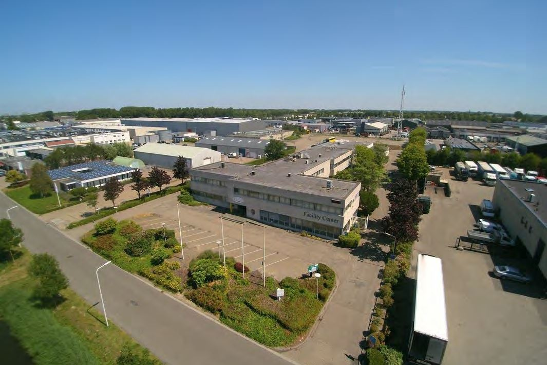 Bekijk foto 1 van Mr. F.J. Haarmanweg 52