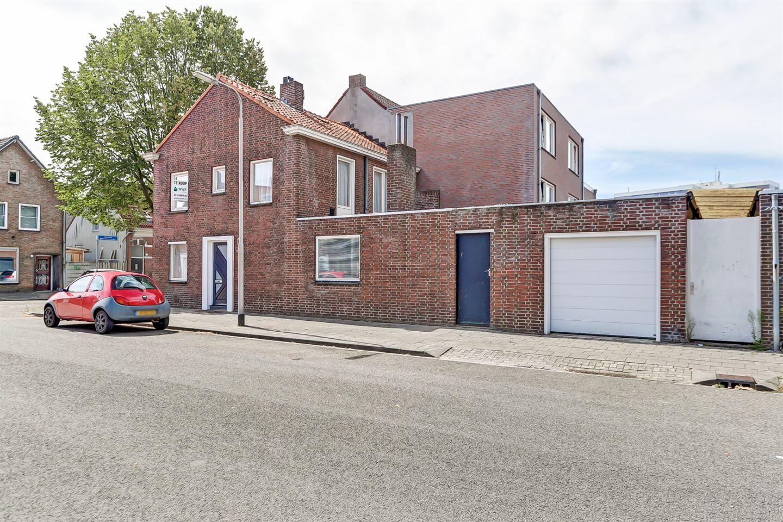 Bekijk foto 2 van Mac Allisterstraat 7