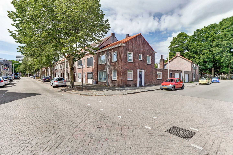 Bekijk foto 3 van Mac Allisterstraat 7