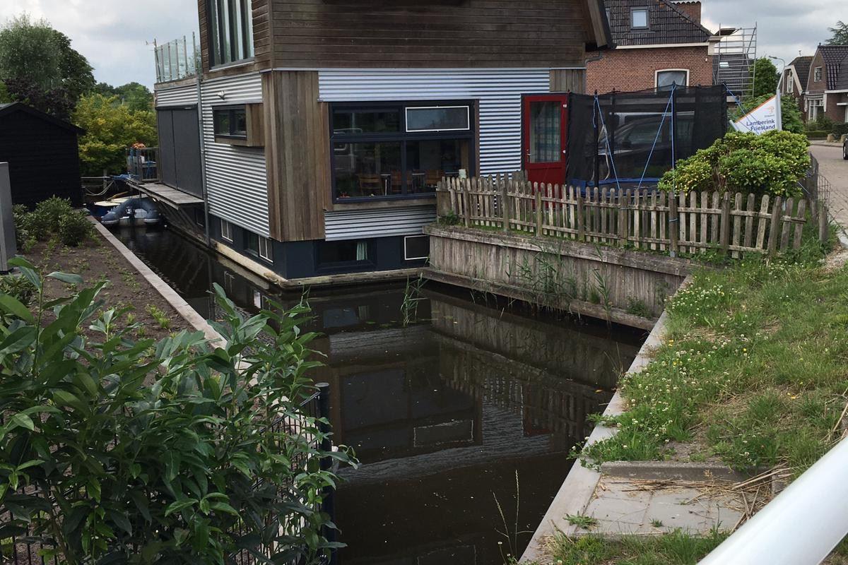 View photo 2 of Hoofdstraat 1000