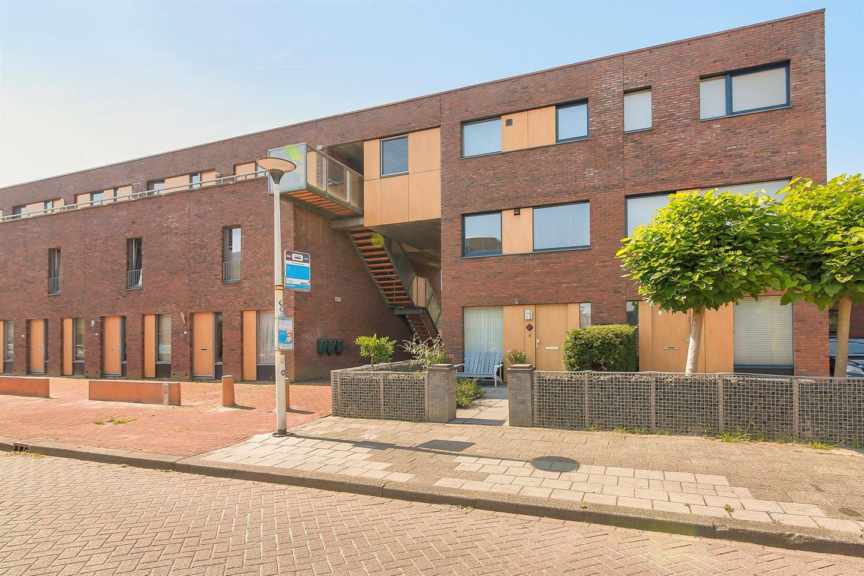 Bekijk foto 1 van Cornelis Trooststraat 2 a