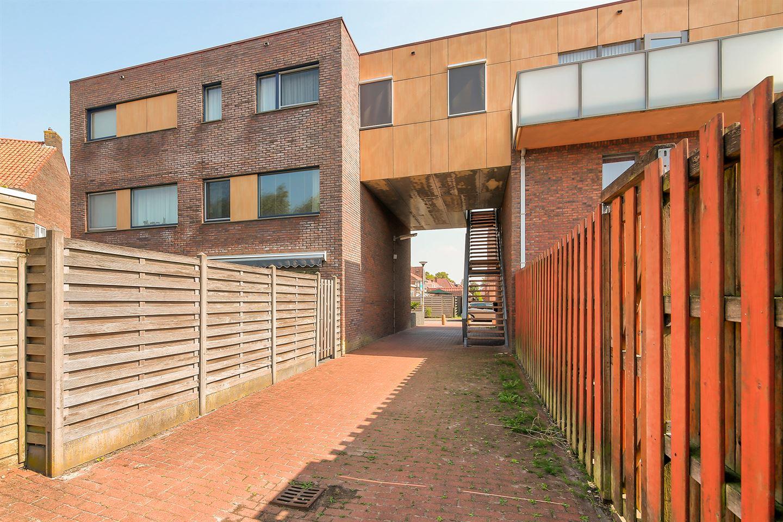 Bekijk foto 3 van Cornelis Trooststraat 2 a
