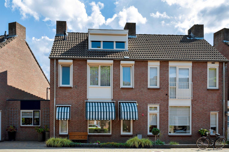 Bekijk foto 1 van Carolusdreef 275