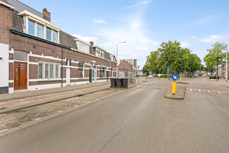 Bekijk foto 3 van Rosmolenplein 42 *