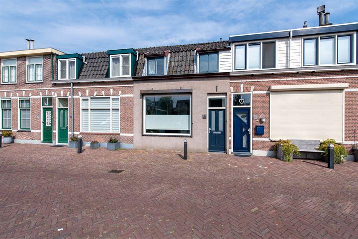 J.W.C. Bloemstraat 35