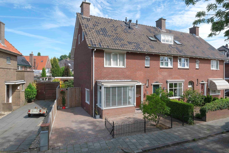 Bekijk foto 1 van Gijsbert Karel van Hogendorpstraat 9