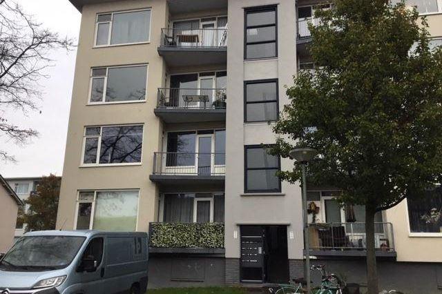 Bekijk foto 1 van Jan den Haenstraat 2