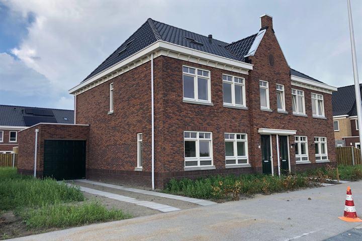 Nieuwelaan 4
