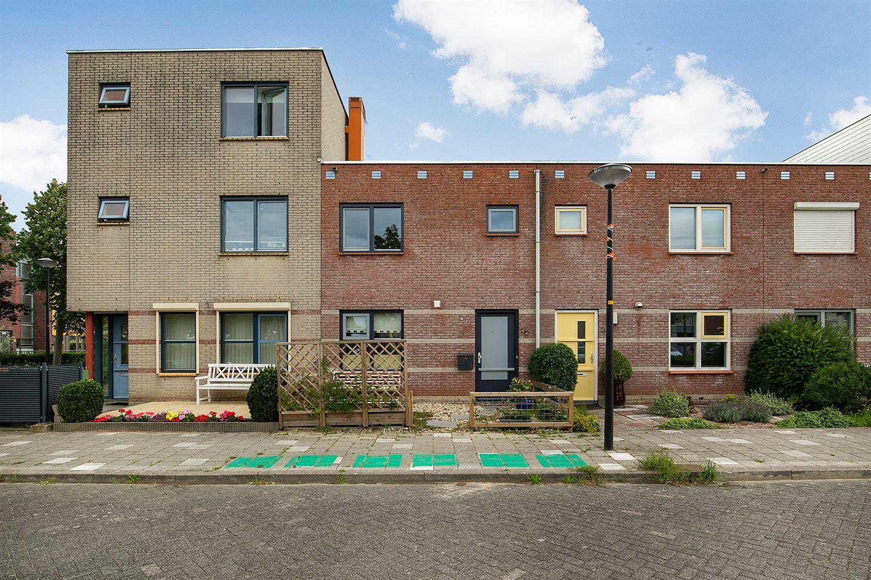 Bekijk foto 1 van Willemijn Posthumustuin 22