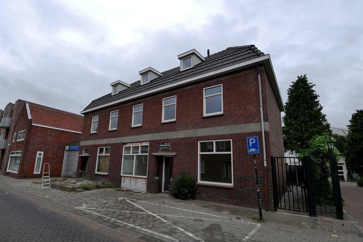 Pastoor van Leeuwenstraat 92