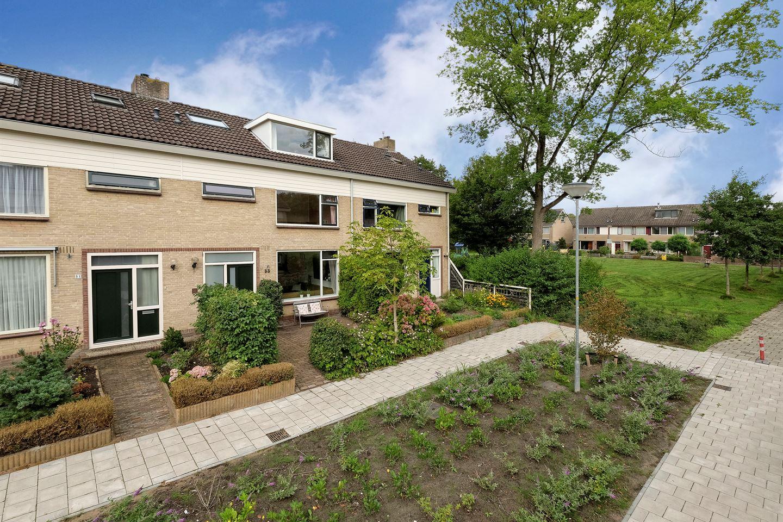 Bekijk foto 2 van Hulststraat 33