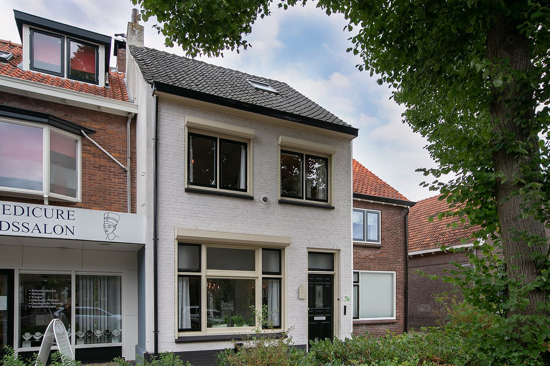 Bekijk foto 2 van Jan Vermeerstraat 9
