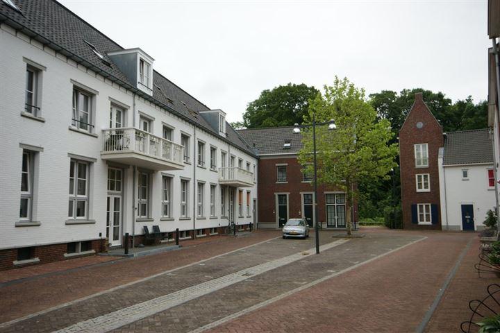 Agnietenstraat 33