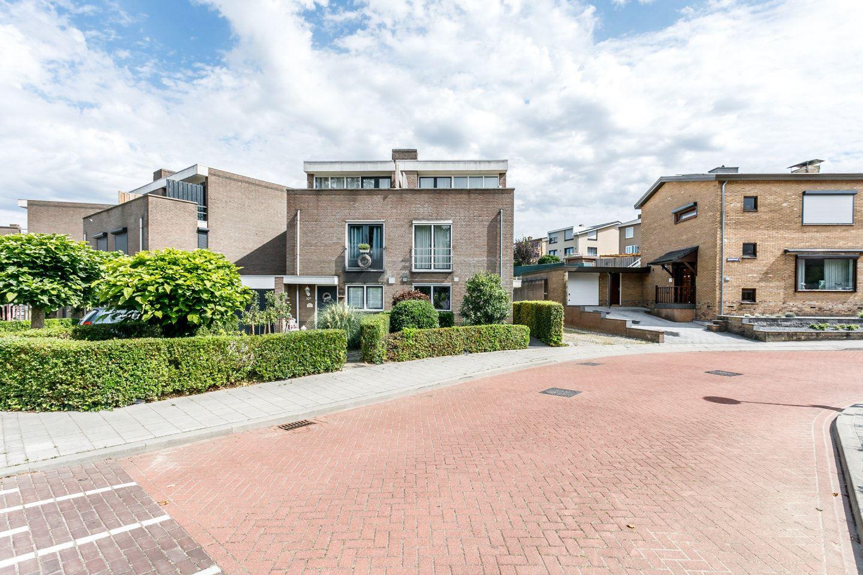 View photo 1 of Pastoor Hagenstraat 10 A