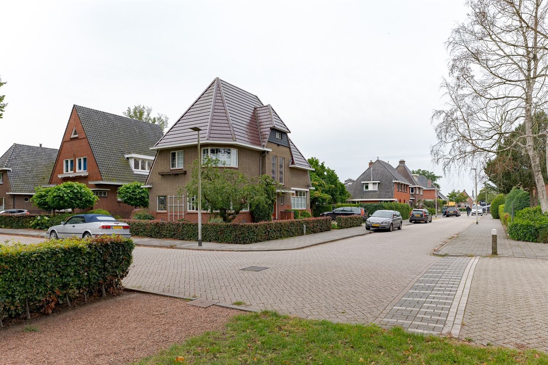 Bekijk foto 3 van Lindenstraat 3
