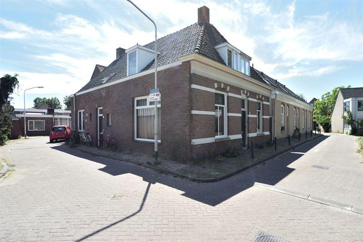 Leistraat 2