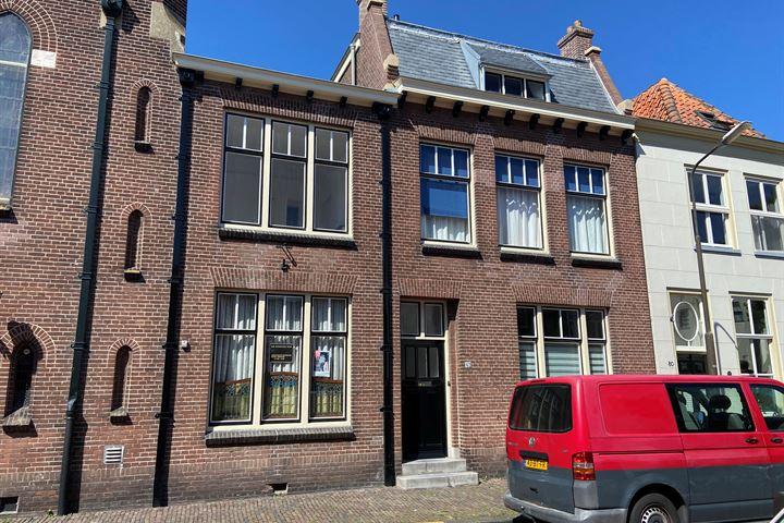 Breedstraat 82