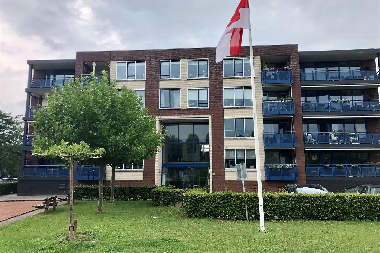 Bekijk foto 1 van Pater Rijkenstraat 66