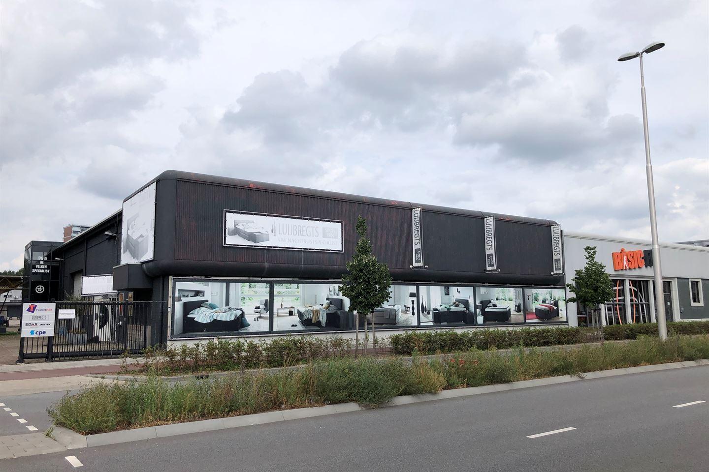Bekijk foto 2 van Ringbaan-Noord 99