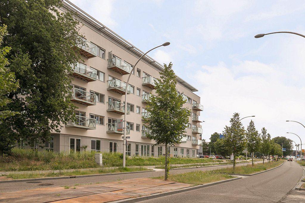 View photo 1 of Govert Flinckstraat 13 f