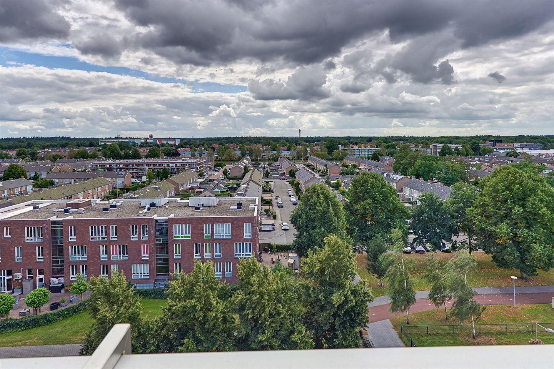 Bekijk foto 2 van P.C. Hooftplein 69