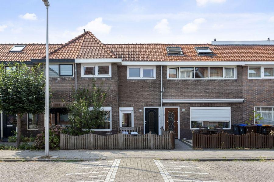 Bekijk foto 1 van Hoogravenseweg 93