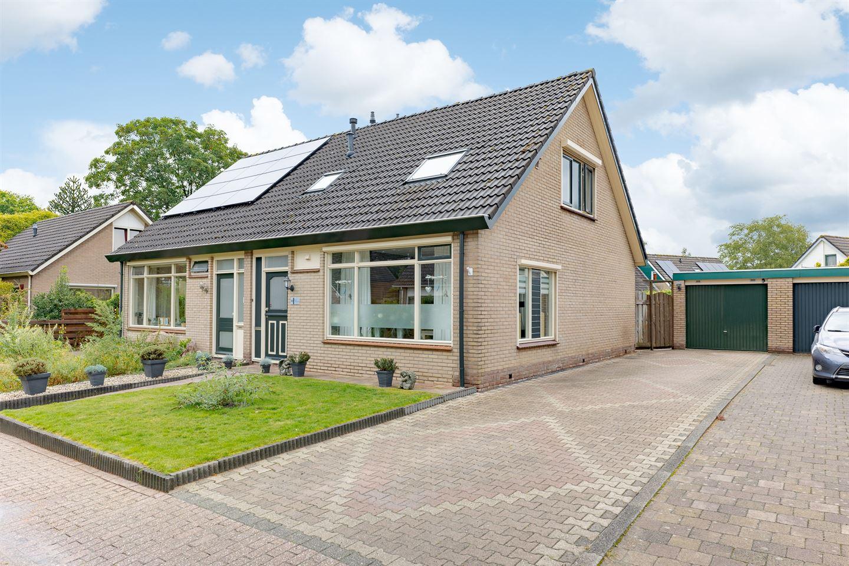 Bekijk foto 1 van Zwederaweg 82