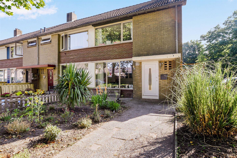 Bekijk foto 5 van Hertog Albrechtstraat 60