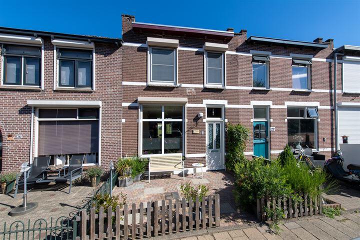 Oranjestraat 24