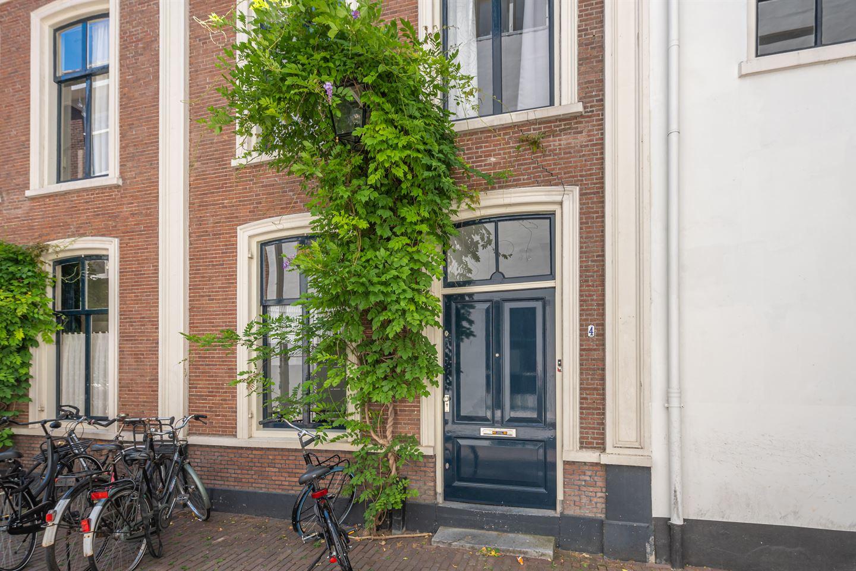 Bekijk foto 1 van Smalle Begijnestraat 4