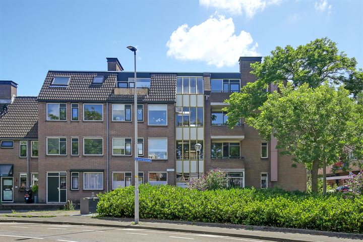 Burgemeester Scholtensstraat 33