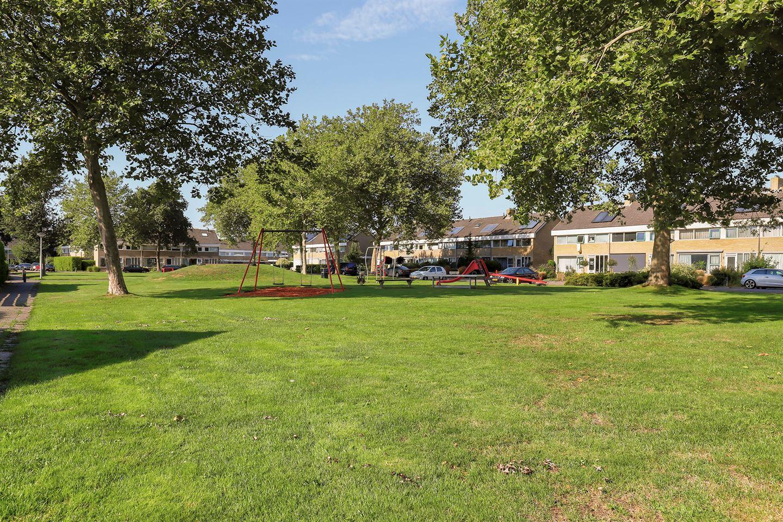 Bekijk foto 3 van De Hofcamp 53