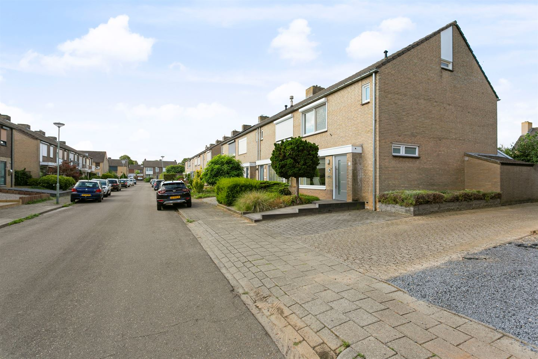 Bekijk foto 4 van Dross van Zuenestraat 19