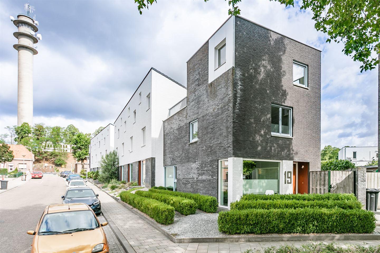 Bekijk foto 1 van Govert Flinckstraat 19