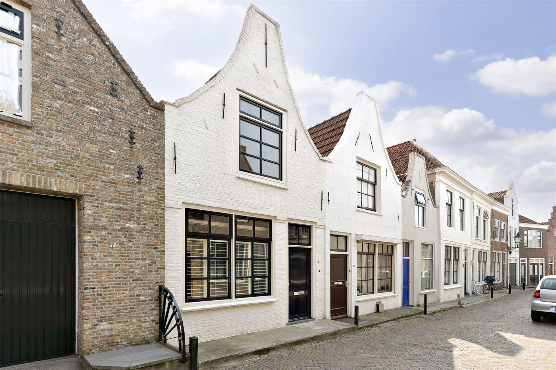 Bekijk foto 1 van Lange St. Janstraat 9