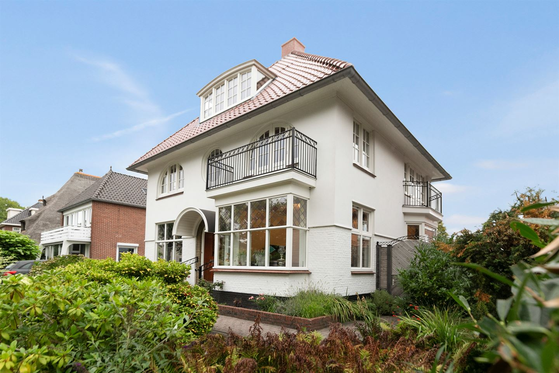 Bekijk foto 2 van van Beresteijnstraat 25