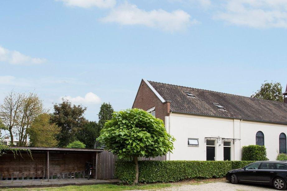 View photo 1 of Kerkweg 21