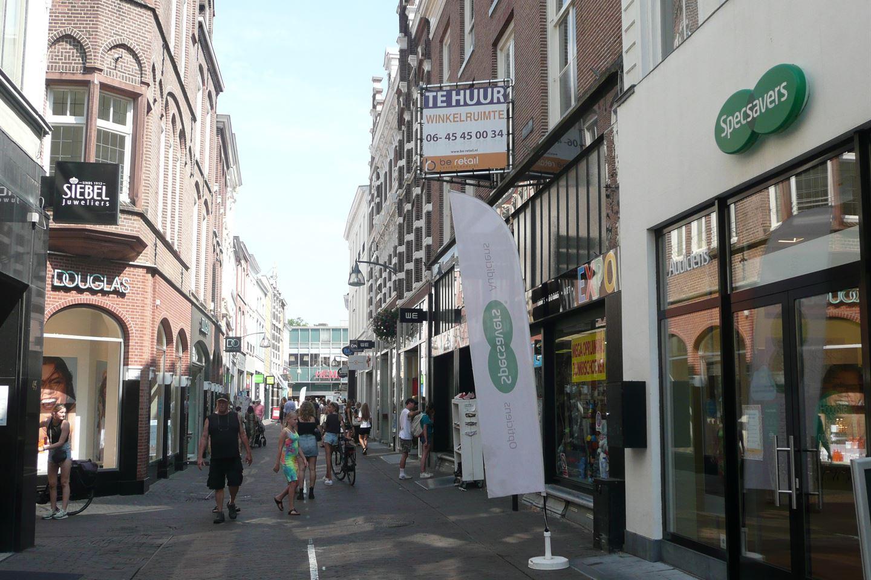 Bekijk foto 2 van Lange Bisschopstraat 56