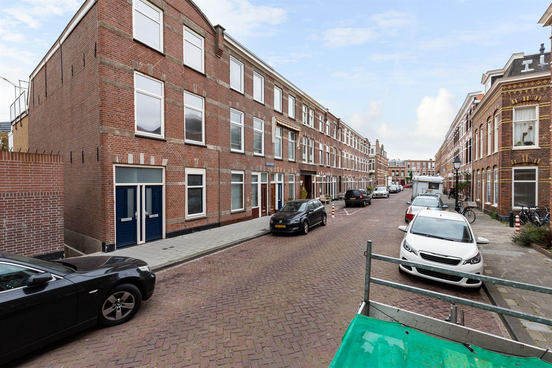 Bekijk foto 2 van Zandvoortstraat 4