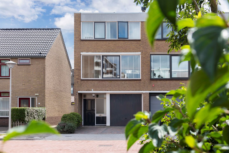 Bekijk foto 1 van Zonnebloemstraat 14