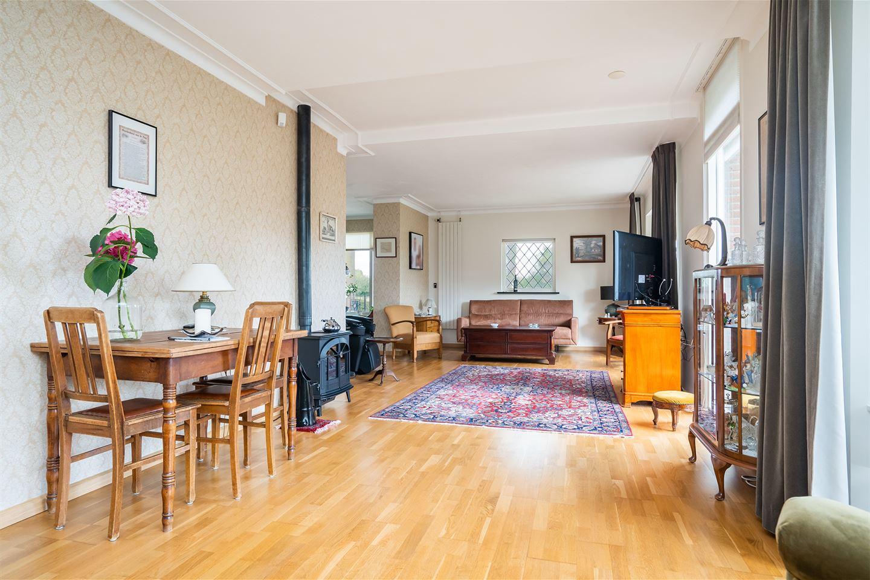 Bekijk foto 2 van Oosterhoutsestraat 32