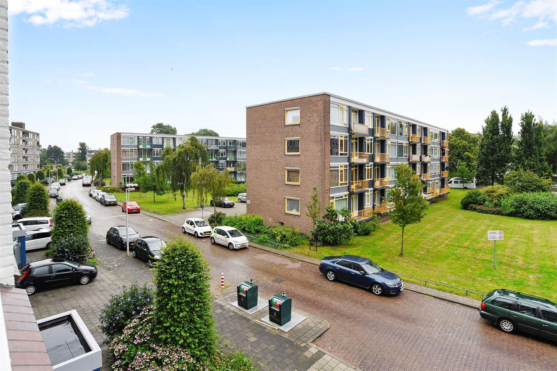 Bekijk foto 1 van Barnsteenhorst 424
