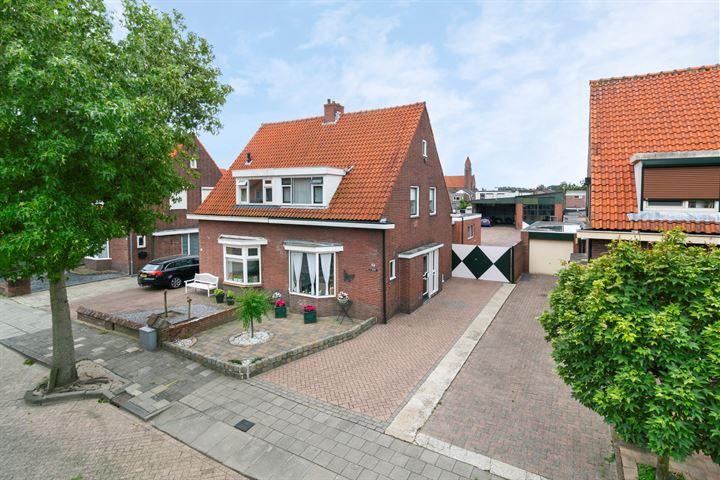 Middenstraat 48
