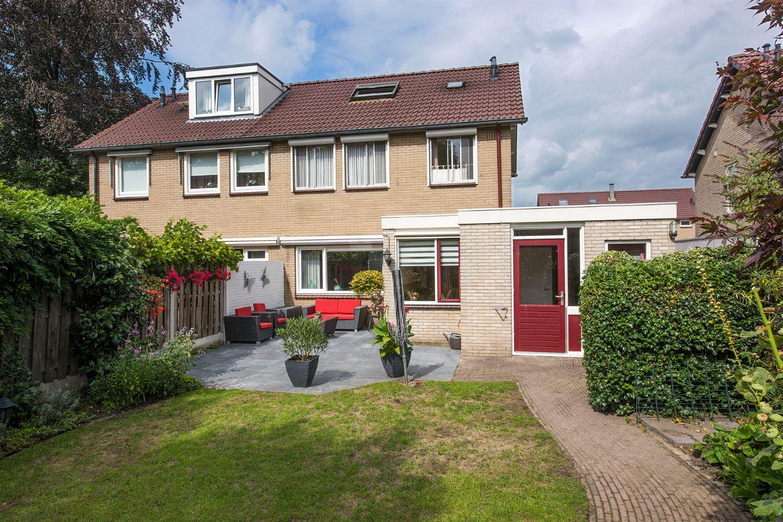 View photo 3 of Gerbrand Adriaanszoon Brederodestraat 10