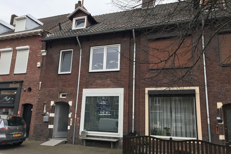 Bekijk foto 1 van Rijksweg Zuid 129