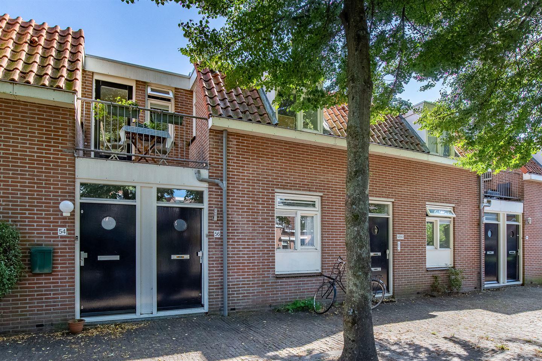 Bekijk foto 1 van Oranjehof 56