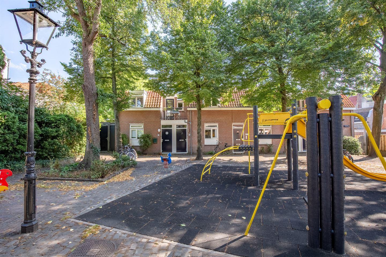 Bekijk foto 2 van Oranjehof 56