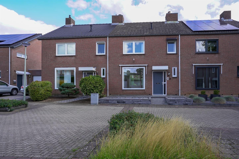 Bekijk foto 1 van Sluisbeek 14